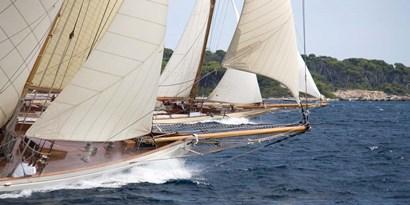Vintage Sailboats Racing art print