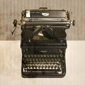 Typewriter 02 Royal