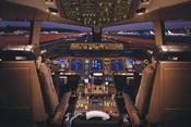 Airplane - Boeing 777-200 Flight Deck