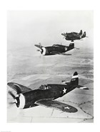 Three fighter planes in flight, P-47 Thunderbolt