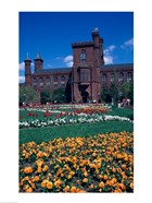Formal garden in front of a museum, Smithsonian Institution, Washington DC, USA