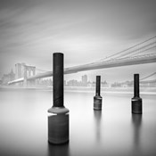 3 postes en Brooklin bridge