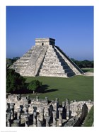 Ancient structures, El Castillo, Chichen Itza (Mayan), Mexico