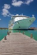 Antigua, St Johns, Heritage Quay, Cruise ship