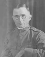 Potrait of Harry S Truman in uniform