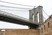Brooklyn Bridge (brick walls)