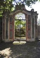 Italian Gate
