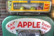Apple Dispenser