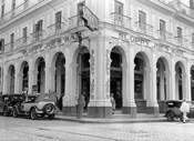 1930s Outside Facade Of Sloppy Joe'S Bar
