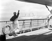 1930s Back Of Woman On Of Cruise